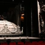 cupola cladire veche, butaforie, teatru, decor film