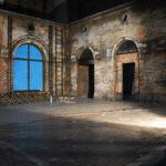 oras vechi, decor piesa de teatru, scenografie