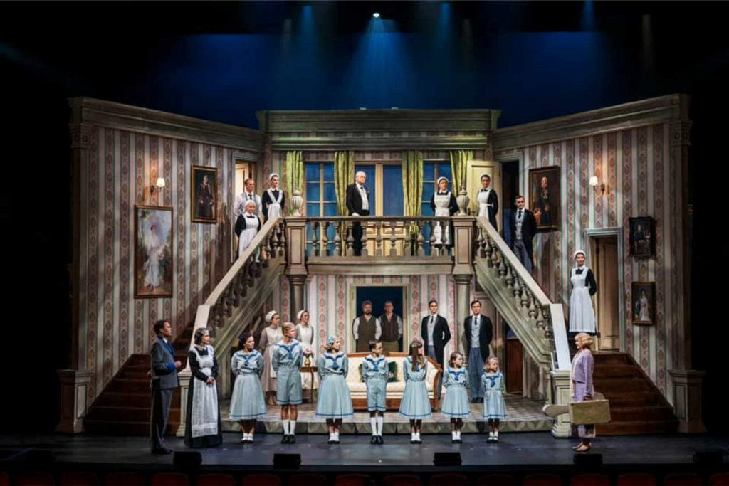 play set Sound of music - Scenekvelder - Folketeateret - OSLO - home theater play set