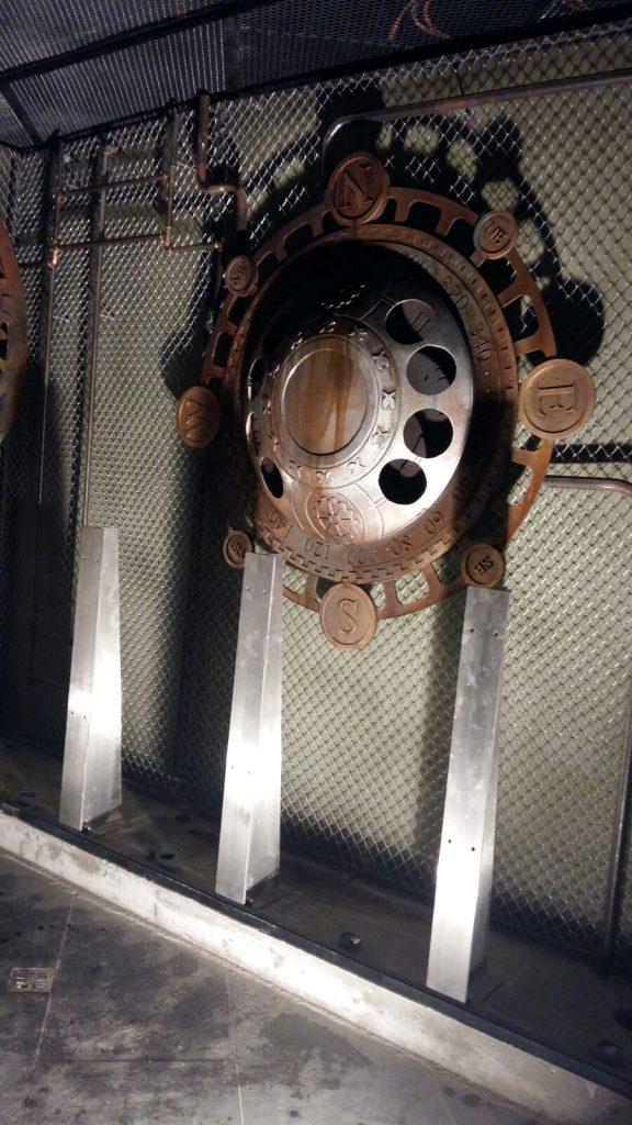 butaforii - butaforie metal - puncte cardinale